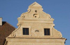 Detail-Schloss-Schmarsow-2-300x195